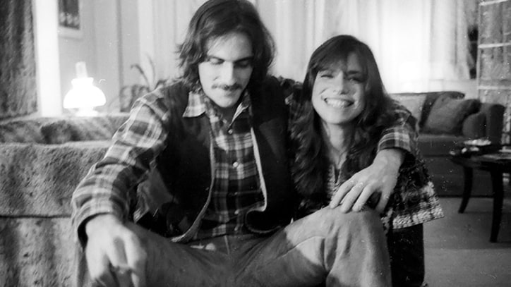 Week in Rock History: Carly Simon and James Taylor Tie the Knot