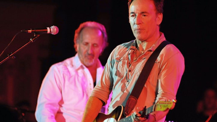 Bruce Springsteen Plays Three-and-a-Half Hour Show in Pittsburgh