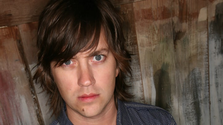 Listen: Rhett Miller Reinterprets David Bowie's 'Queen Bitch'