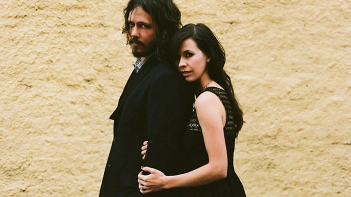 Exclusive Premiere: The Civil Wars' Irish-Inspired 'Lily Love'