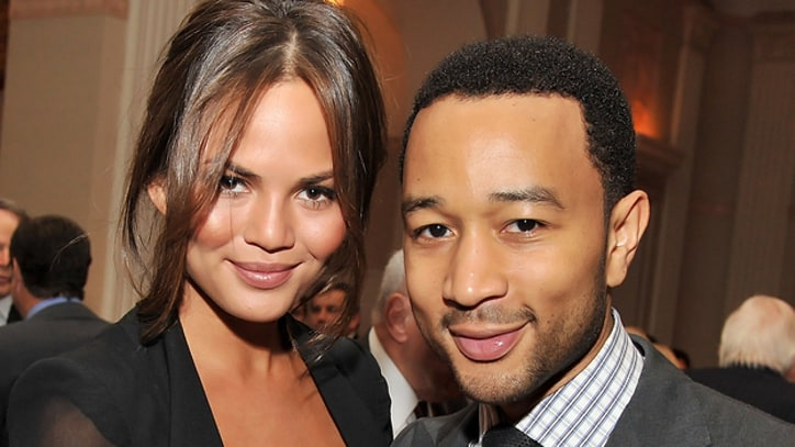 John Legend Engaged to Supermodel