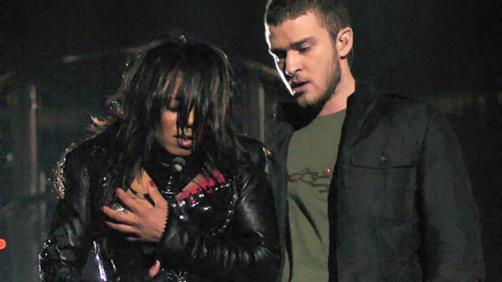 Week in Rock History: Janet Jackson Has a Wardrobe Malfunction