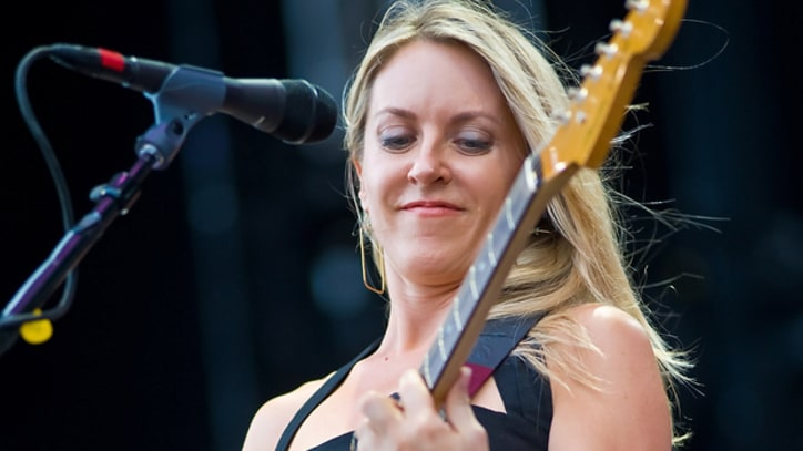 Liz Phair Defends Lana Del Rey