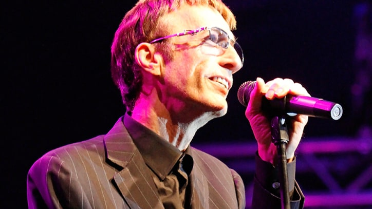 Robin Gibb Recovering from Liver Cancer