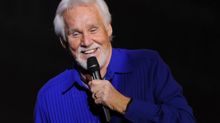 Kenny Rogers Sues Capitol Records Over Royalties
