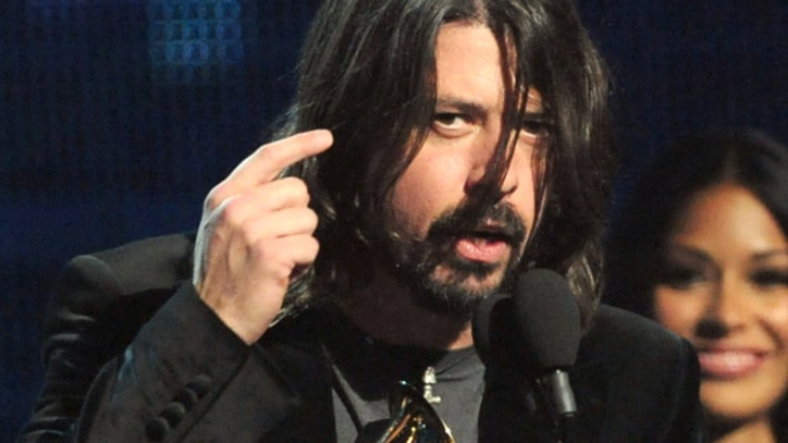 Dave Grohl Clarifies Grammy Rant