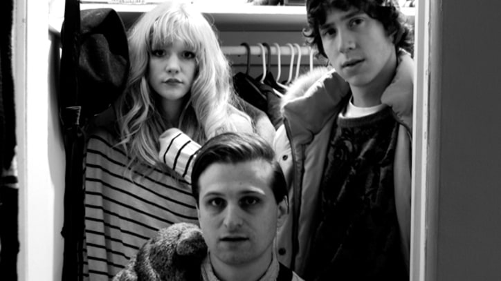 Exclusive Download: Icky Blossoms' Dance Anthem 'Babes'
