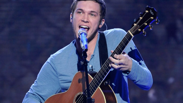 'American Idol' Contestant Phillip Phillips Hospitalized