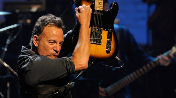 Bruce Springsteen Kicks Off 2012 Tour at New York's Apollo Theater