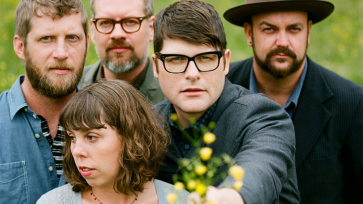 New Reviews: The Decemberists Strip Down on Live Album