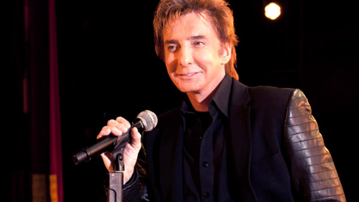 Barry Manilow Talks Touring While Recovering from 'Major' Surgery