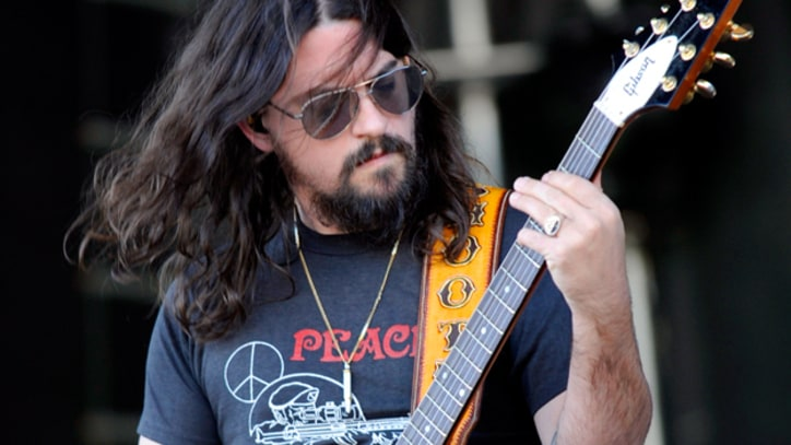 Shooter Jennings Returns To Country With 'Family Man'
