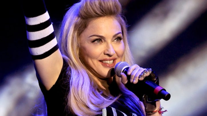 On the Charts: Madonna and Lionel Richie Bring Back the Eighties