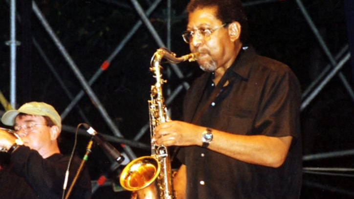 Andrew Love, Memphis Horns Saxophonist, Dead at 70