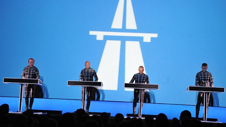 Kraftwerk Diary Day Six: Group Wades Into 1986's 'Techno Pop'