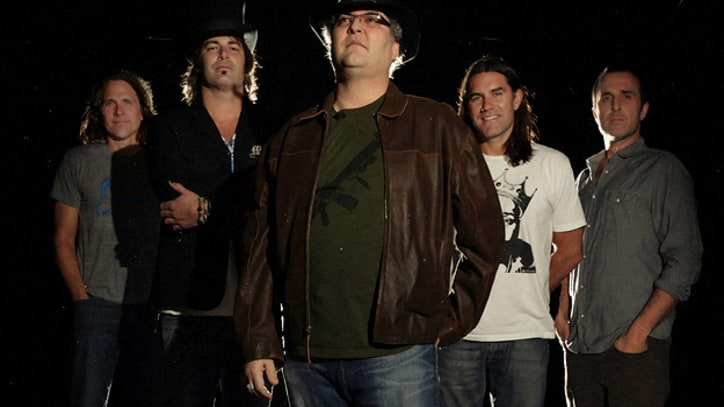 Blues Traveler Toast 25th Anniversary with New LP, Tour