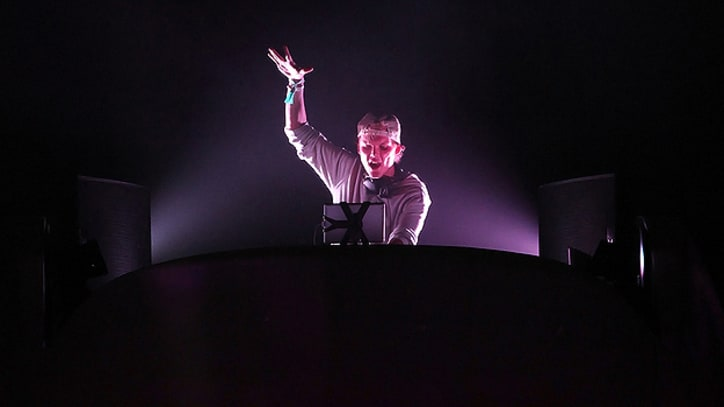 Avicii Talks All-Arena Tour, Dream Collaborators