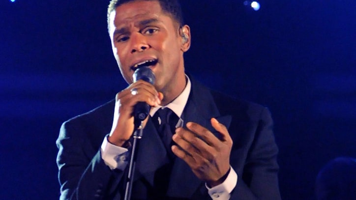 Maxwell to Perform Complete Discography in Tour