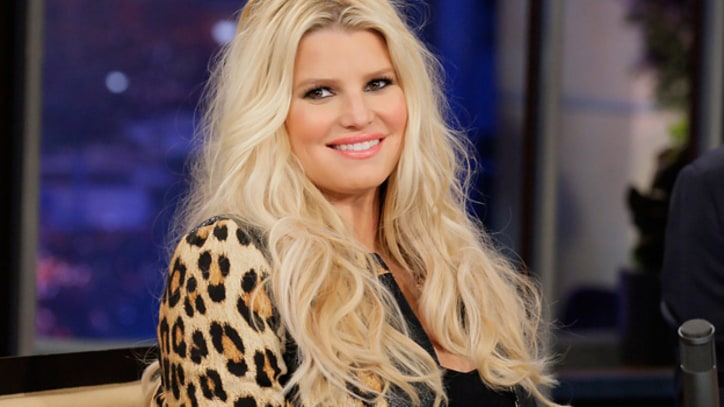 Jessica Simpson Gives Birth to Baby Girl