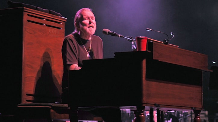 Gregg Allman Clears Heart Tests, Set for Book Tour