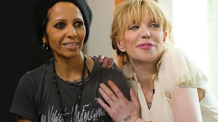 Courtney Love, Linda Perry Team Up for Gay Rights