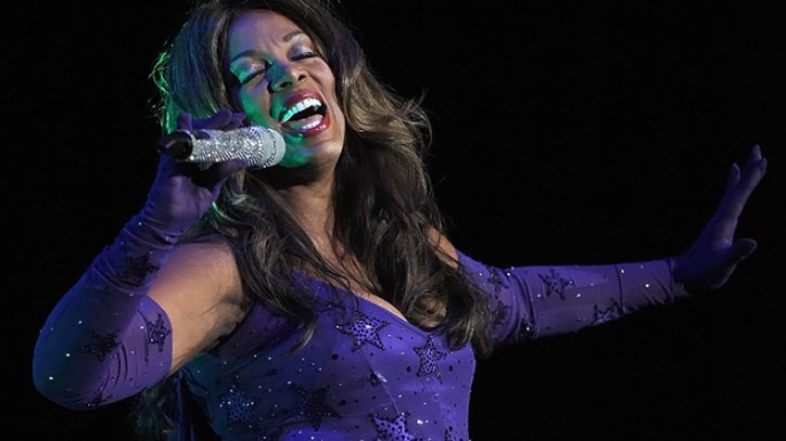 Rihanna, Mary J. Blige, Flea and More Remember Donna Summer