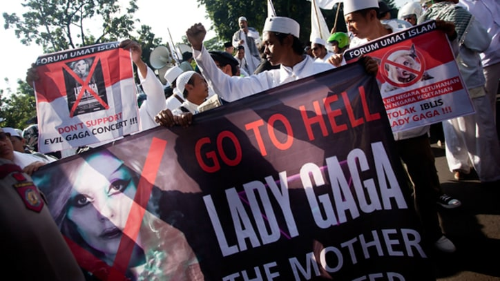 Lady Gaga Cancels Indonesia Show Amid Threats of Violence