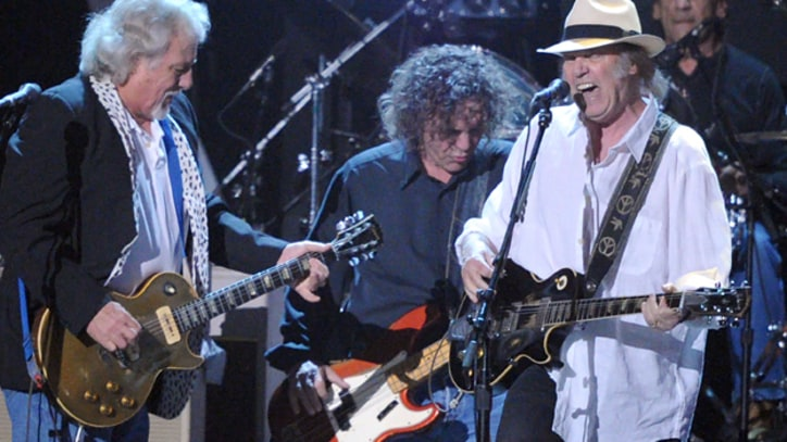 Update: Neil Young And Crazy Horse Set U.S. Tour Dates