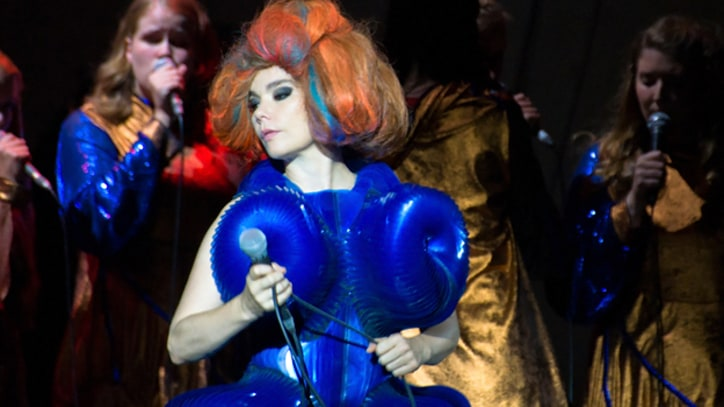 Song Premieres: Bjork, 'Matthew Herbert Remixes'