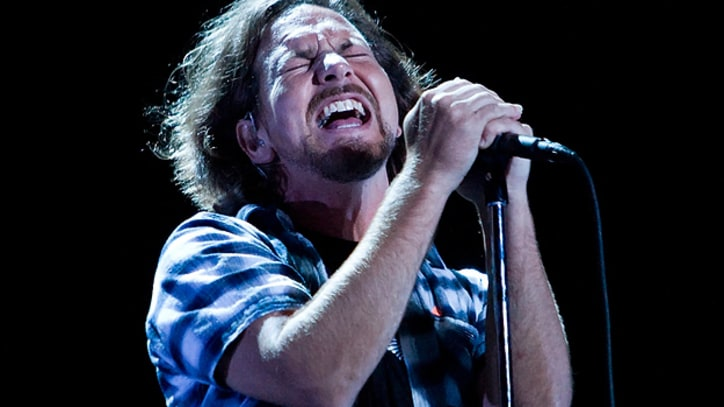 Former Pearl Jam Management Exec Faces Theft Charges