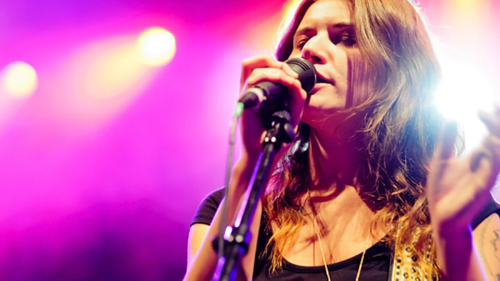 Best Coast Talk Fleetwood Mac 'Rhiannon' Cover, Iggy Pop Collaboration