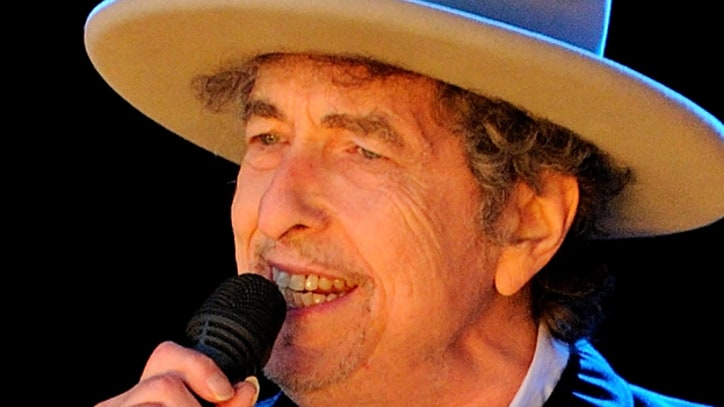 Bob Dylan Shocks Fans By Playing Grand Piano at Summer Tour Kick-Off