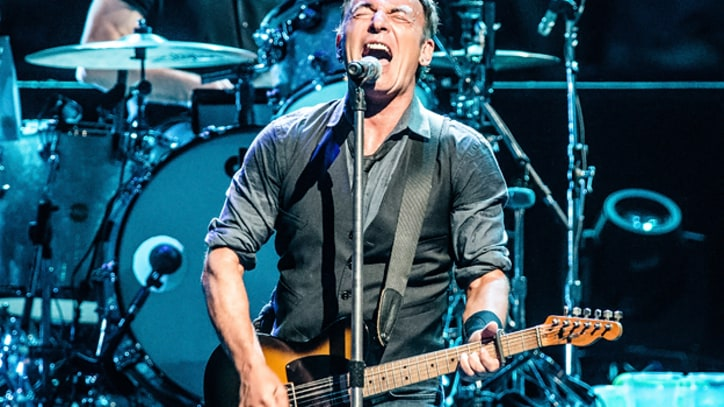 Bruce Springsteen Storms Europe Before U.S. Tour