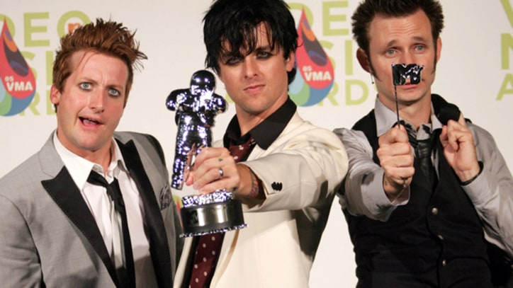 Green Day Rock the VMAs