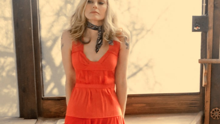 Aimee Mann Looks at Dark Side of Charm on New LP