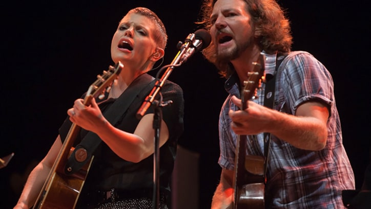 Song Premiere: Eddie Vedder and Natalie Maines, 'Golden State' (Live)