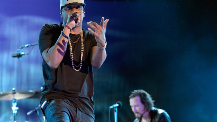 Jay-Z Joins Pearl Jam During Closing Set at Made in America