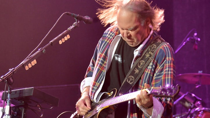 Neil Young and Crazy Horse Reveal Album Release Date, Tracklist