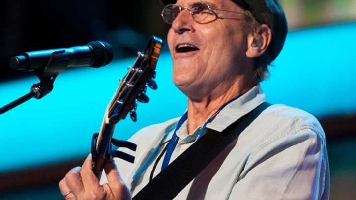 James Taylor Sues Warner Brothers Over Royalties