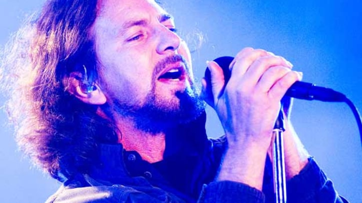 Eddie Vedder Rejects 'Upsetting' Romney Comments at Obama Fundraiser