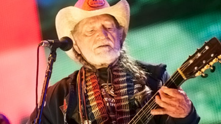 Willie Nelson, Neil Young and Kenny Chesney Band Together for Farm Aid