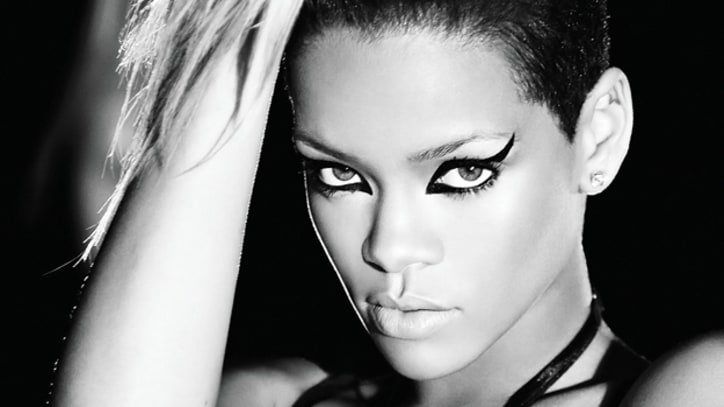 Rihanna Returns With New 'Diamonds' Single