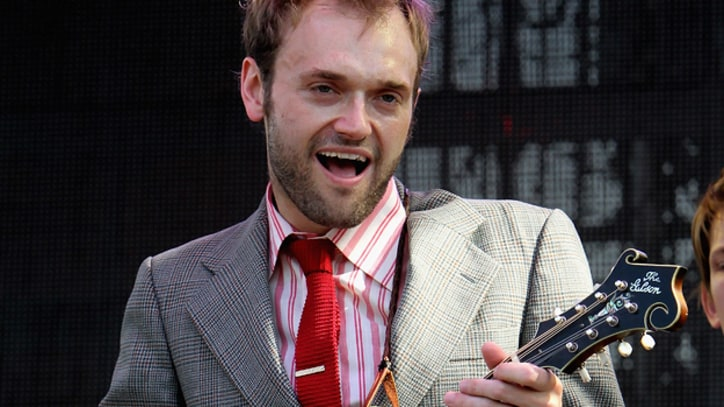 Punch Brothers Leader Chris Thile Wins MacArthur 'Genius Grant'