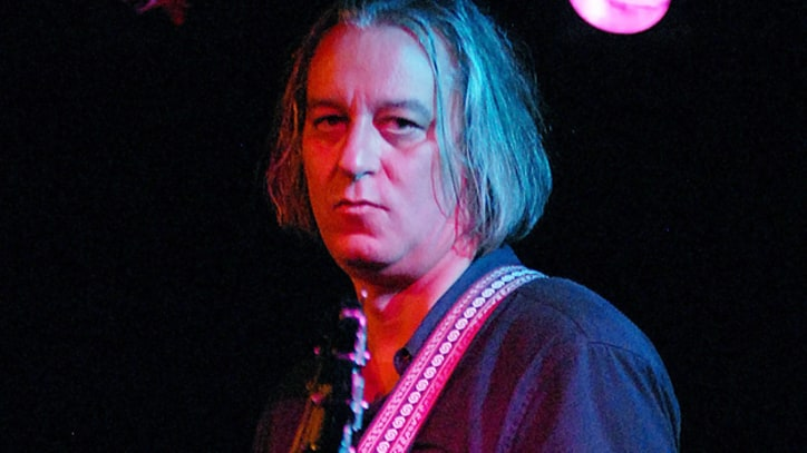 Former R.E.M. Guitarist Peter Buck Announces First Solo Album