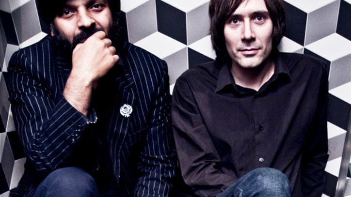 Cornershop Featuring Sinead O'Connor and Chris Constantinou on 'Posing as an Angel' – Premiere