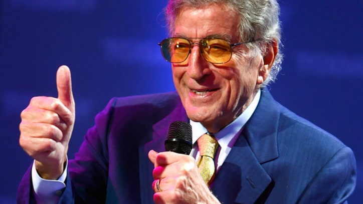 Tony Bennett Courts Latin Music Stars for 'Viva Duets' Album