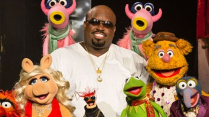 'Voice' Stars, Muppets Join Cee Lo Green In Vegas For Early Holiday Celebration