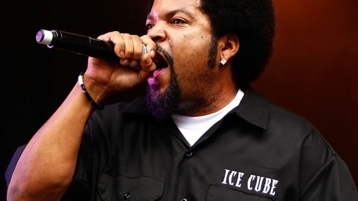 Ice Cube on Mitt Romney: 'It's Astonishing That People Are Buying That'