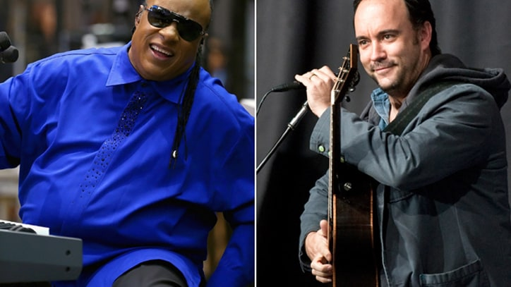 Stevie Wonder, Dave Matthews, Pitbull and More Rally for Obama
