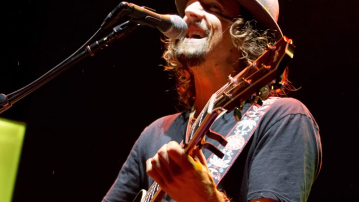 Jason Mraz Tapped for Milestone Concert in Myanmar